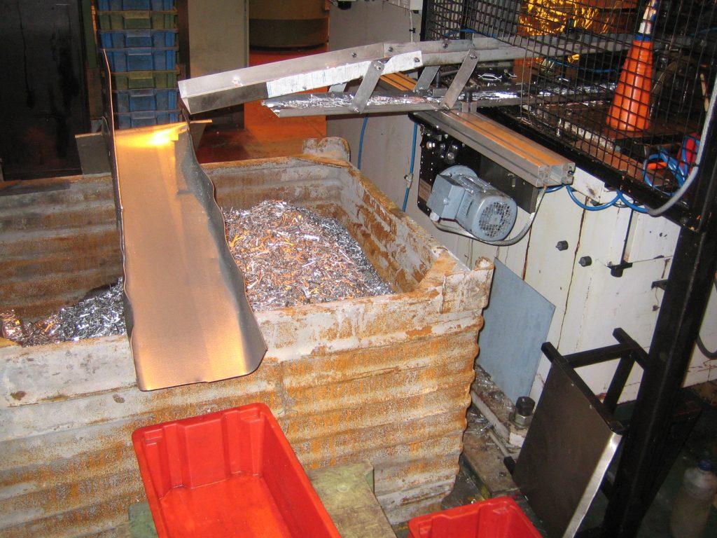 double decker scrap shaker